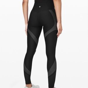 """NWT LULULEMON MAPPED OUT TIGHT 28"""" 4"""